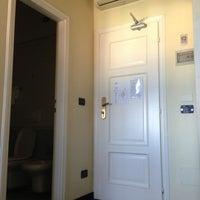 Photo taken at Hotel London by Manuela C. on 7/3/2013