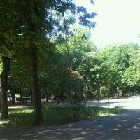 Снимок сделан в Павлівський сквер пользователем Yevhen T. 5/20/2013