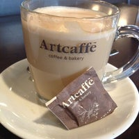 Photo taken at Artcaffe by Hussieni A. on 12/28/2012