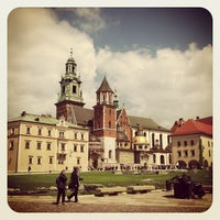 Foto tirada no(a) Zamek Królewski na Wawelu por Катерина Г. em 5/14/2013