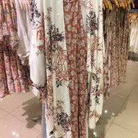 Photo taken at Forever 21 by Leen N. on 6/20/2017