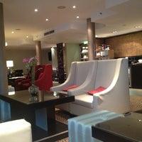 Das Foto wurde bei Leipzig Marriott Hotel von Oliver M. am 11/7/2013 aufgenommen