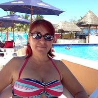 Foto tomada en Cocos & Grill por Jorge P. el 4/6/2013