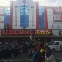 1/2/2017にAdam S.がRamai Family Mallで撮った写真