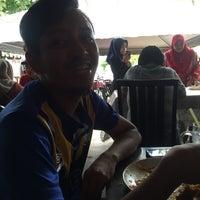Photo taken at Warung AJA Selera Kampung by Adam S. on 7/25/2016