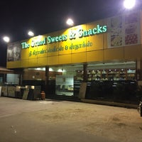 Photo taken at Grand Sweets and Snacks by Padmanabhan R. on 2/13/2015