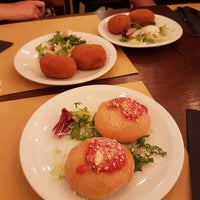Foto scattata a Origano - cucina, pizza, caffè da Sofia M. il 7/13/2017