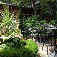 Foto tomada en Meriwether's Restaurant por Stephanie el 7/7/2013