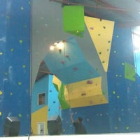 Photo taken at Bluesky Rock Gym by Danson I. on 3/27/2013
