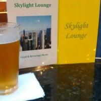 Foto diambil di Skylight Lounge oleh Scott H. pada 4/17/2015