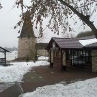 Photo taken at Пивной Бар 903 by Mari S. on 1/4/2013