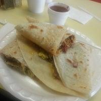 Foto tomada en JV's Mexican Food por Chad I. el 1/9/2013