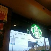 Photo taken at Starbucks by Juan Camilo G. on 6/3/2016