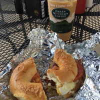 Photo taken at Beach Bagels by Janice D. on 8/26/2017