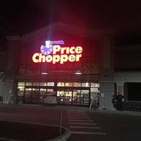 Photo taken at Price Chopper by Janice D. on 1/22/2017