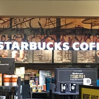 Photo taken at Starbucks by Janice D. on 9/30/2016