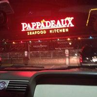 Photo taken at Pappadeaux Seafood Kitchen by DaShaun on 12/27/2012