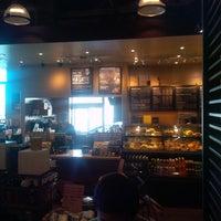 Photo taken at Starbucks by Kevin v. on 1/19/2014