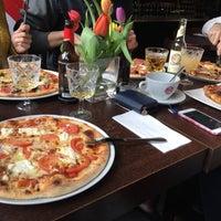Photo taken at Pizzeria Piccola L'Originale by Bianka A. on 3/18/2018