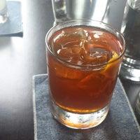 7/18/2014 tarihinde Qianaziyaretçi tarafından CH Distillery & Cocktail Bar'de çekilen fotoğraf