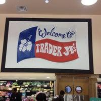 Снимок сделан в Trader Joe's пользователем Greg C. 10/7/2012
