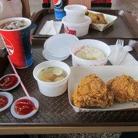 Photo taken at KFC by Herri A. on 5/23/2016