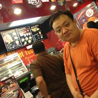 Photo taken at KFC by Merry C. on 4/27/2014