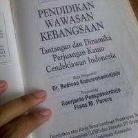 Photo taken at Badan Perpustakaan, Arsip dan Dokumentasi Provinsi Sumatera Utara by Risa C. on 4/14/2014
