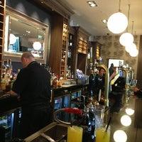 Photo taken at Beardmore Bar & Restaurant by Jec D. on 9/6/2013