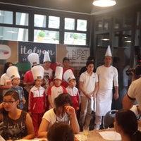 6/14/2016 tarihinde Ozkan t.ziyaretçi tarafından Mezzaluna'de çekilen fotoğraf