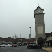 Photo taken at Jackson Premium Outlets by Mert Özgündüz on 12/2/2012