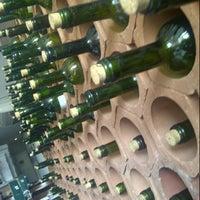 Foto tirada no(a) Gallo i Vino por Leandro C. em 10/26/2012