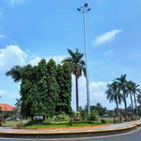 Photo taken at Alun - Alun Jepara by Hary W. on 9/9/2016