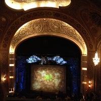 Photo prise au Paramount Theatre par Diana H. le10/20/2012