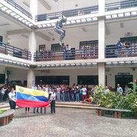Photo taken at Facultad De Ciencias Juridicas y Politicas FCJP - Universidad De Carabobo by Antonio H. on 5/28/2014