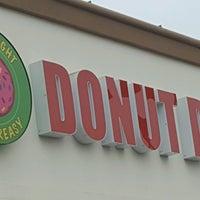 Photo taken at Donut Den by Michael V. on 8/7/2016