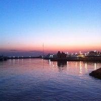 4/24/2013 tarihinde depdeseziyaretçi tarafından Bostancı Sahili'de çekilen fotoğraf