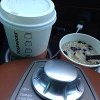 Photo taken at Starbucks by ÄRT ⛳️🏌🏼🚌👨🏻🍳 on 6/1/2013