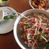 2/9/2014에 R2R0  ⛳️🏌🏼🚌님이 Noodle Cafe에서 찍은 사진