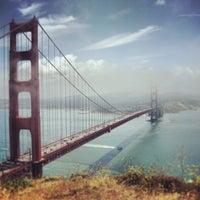 Foto tirada no(a) Ponte Golden Gate por Rohan A. em 3/10/2013