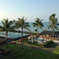 Photo taken at Hansar Samui Resort & Spa by Sam W. on 3/11/2013