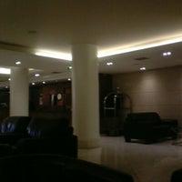 Photo taken at Academy Plaza Hotel by Мария Л. on 10/23/2012