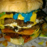 Photo taken at Rockstarz Burger by Zmint on 8/30/2013