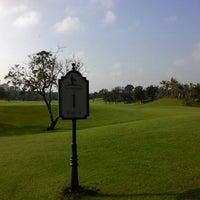 Photo taken at Mission Hills Hainan by Gordon M. on 10/21/2014