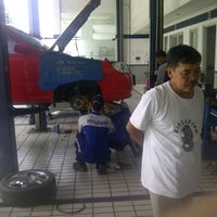 "Photo taken at Hyundai Mobil Indonesia by John""Devz.W""Tralala S. on 1/11/2014"