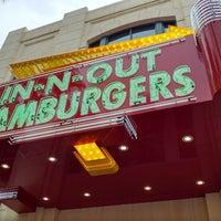 11/16/2017 tarihinde Drac T.ziyaretçi tarafından In-N-Out Burger'de çekilen fotoğraf