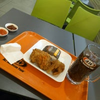 Photo taken at A&W by Def K. on 7/26/2017