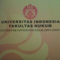 Photo taken at Fakultas Hukum by indra m. on 1/21/2013