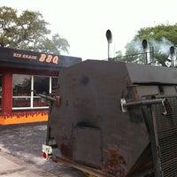 Foto scattata a Smokin' BBQ Rib Shack da Bruce C. il 10/8/2012