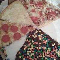 Photo prise au O Pedaço da Pizza par Daniela D. le7/15/2013